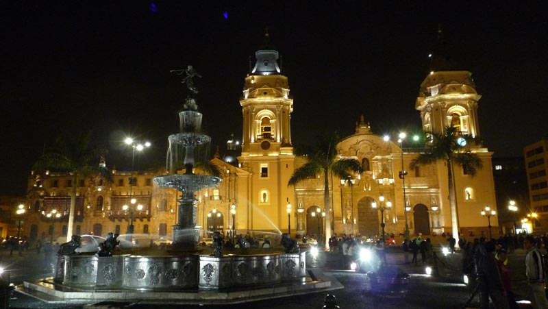Lima-Best-tips-for-backpackers---Pariwana-hostel02