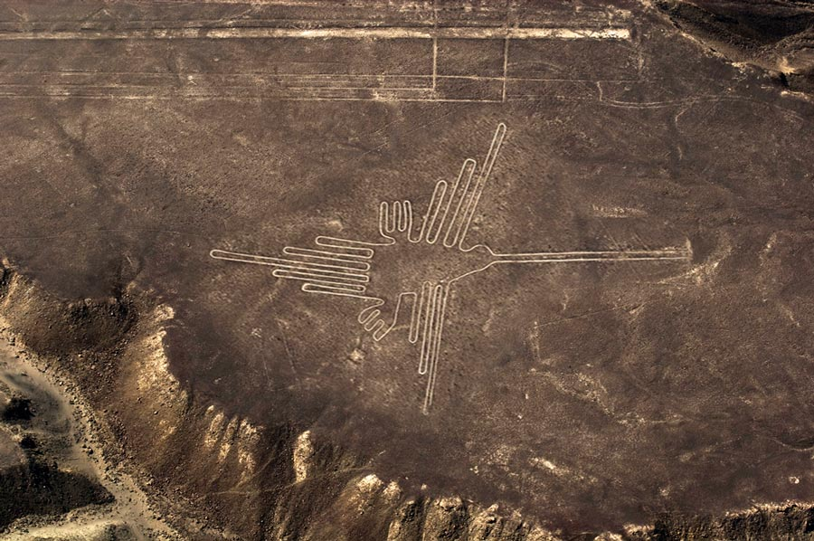 The-beautiful-and-mysterious-Nazca-Lines---Pariwana-hostel.com(2)