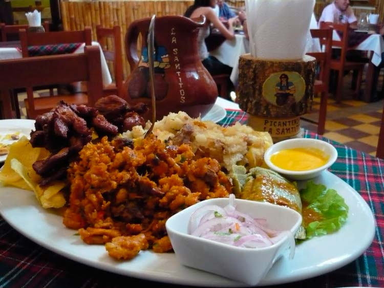 Mancora-and-its-delicious-seafood---Pariwana-hostel-04