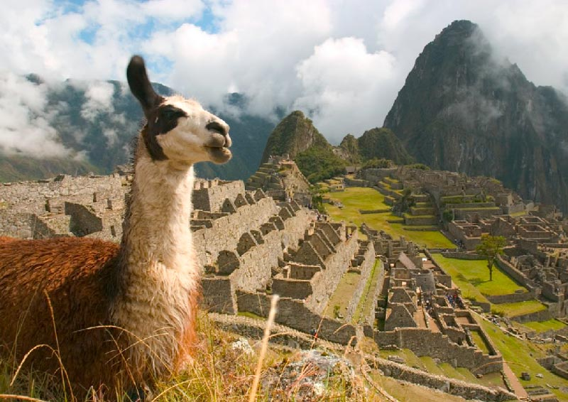 Packing-for-it-all---Climates-of-Peru---Pariwana-hostel-02